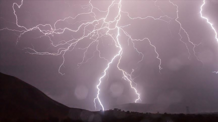 India: Death toll from storm, lightning climbs to 34