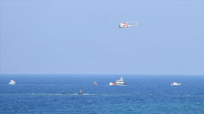 Naufrage de migrants: les corps de huit migrants repêchés en mer Egée