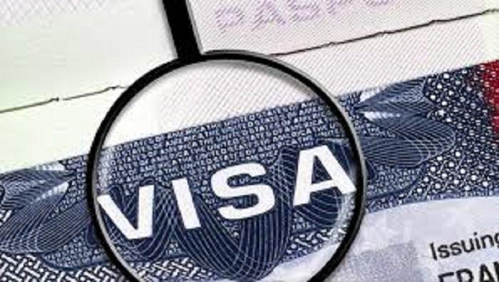 Le Pérou impose des visas aux Vénézuéliens