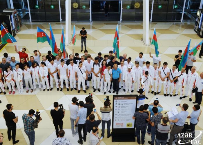 Deportistas de Azerbaiyán parten rumbo a Minsk