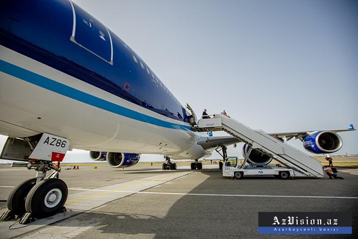 الرحلات الجوية المباشرة تبدأ من باكو إلى دهلي