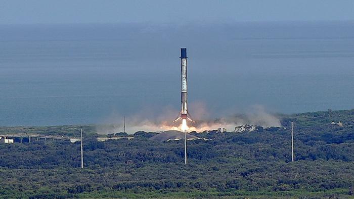 SpaceX lleva al espacio una impresora de órganos en 3D y 6 litros de baba verde