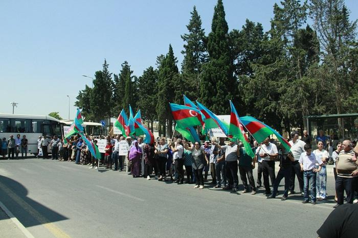 Bakıda çağırışçılar hərbi xidmətə yola salındılar