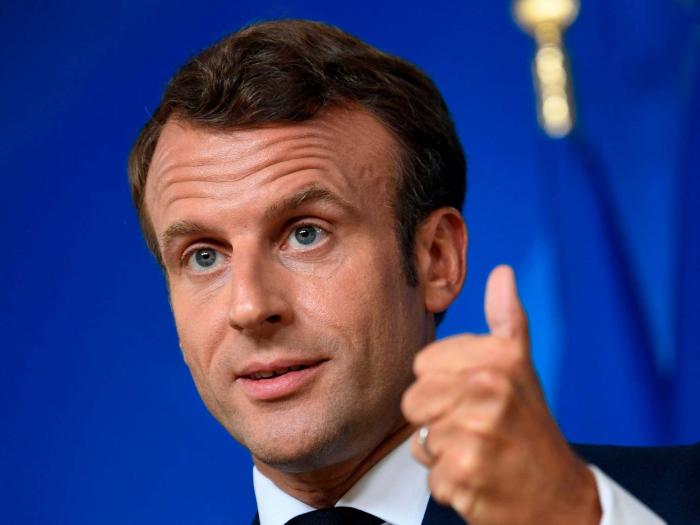 Emmanuel Macron says EU should not be scared of no-deal Brexit