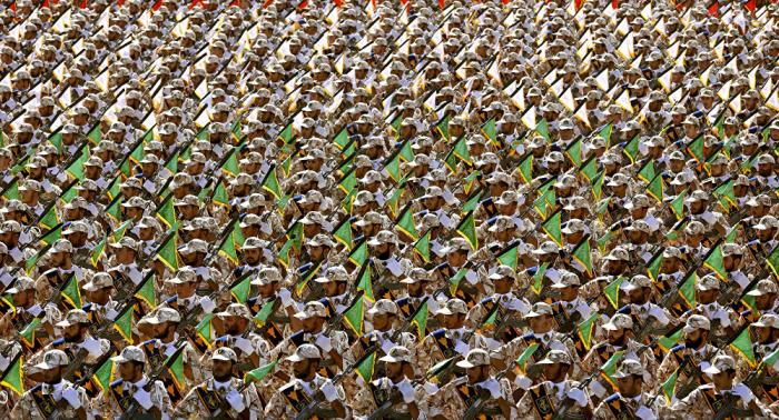 وسط توتر الأجواء... مقتل اثنين من الحرس الثوري الإيراني في اشتباكات