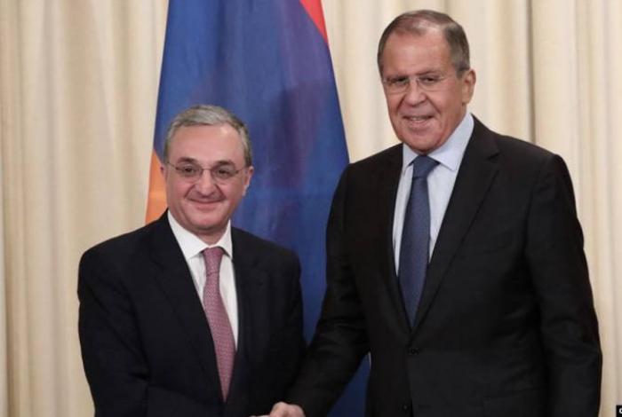 Les MAE russe et arménien discutent du conflit du Haut-Karabakh