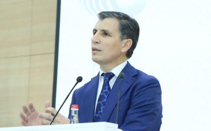 """""""Məqsəd gəncəliləri dövlətdən küsdürmək idi"""" - Zahid Oruc"""