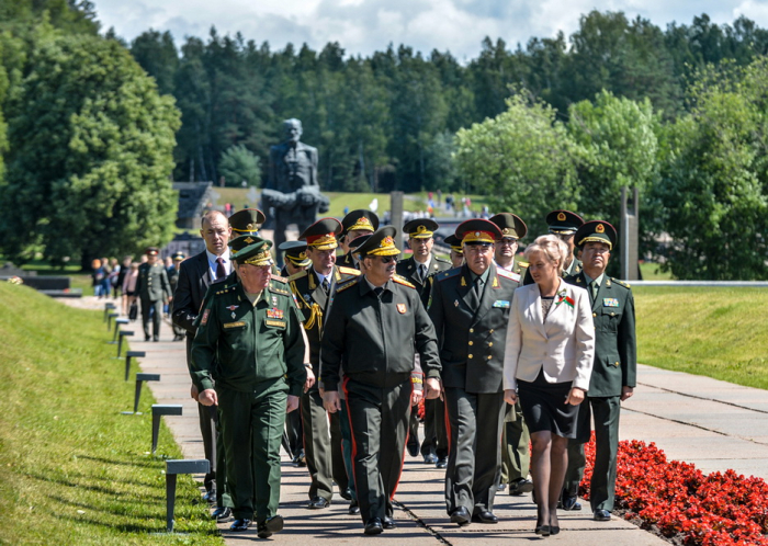 Azerbaijani defense minister attends numerous events in Belarus -   PHOTOS