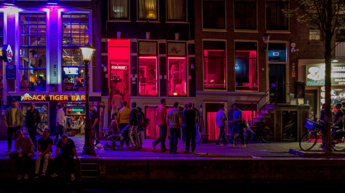 Amsterdam's first female mayor set to ban prostitutes on display