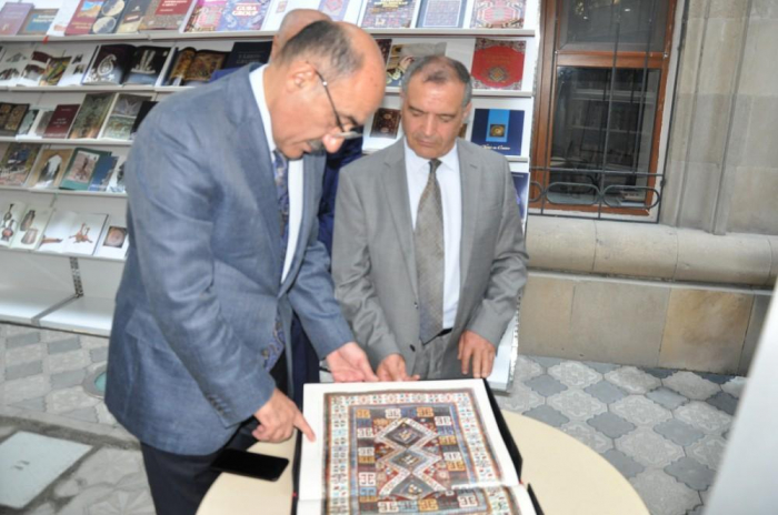 Book exhibition opens on sidelines of UNESCO session in Baku