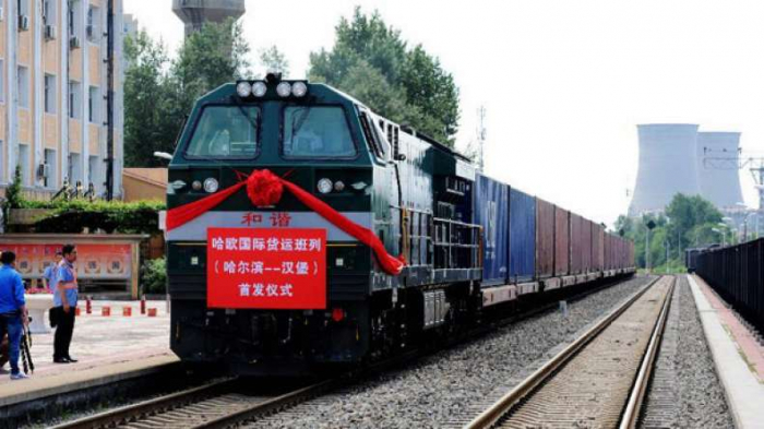 Azerbaijan, China sign agreement on rail container traffic