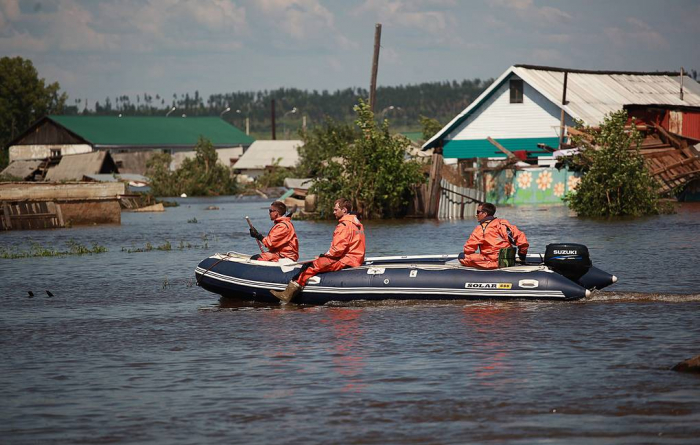 Over 400 people injured by East Siberia floods