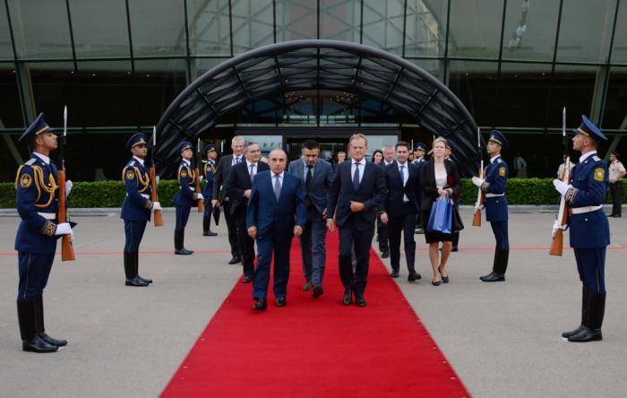 Concluye la visita del presidente del Consejo Europeo a Azerbaiyán