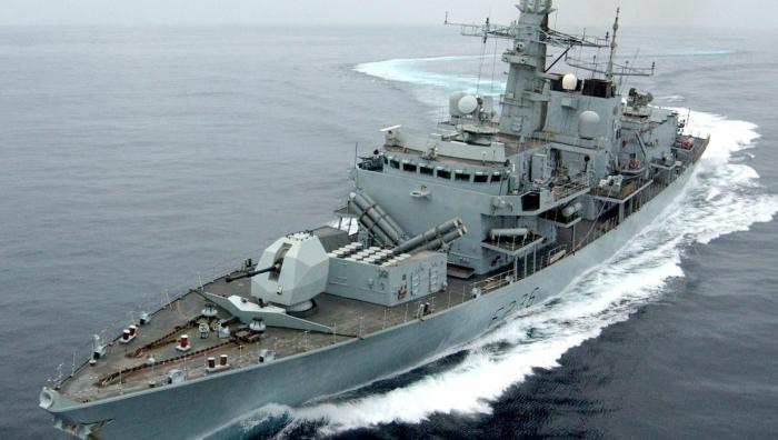 Irán intenta interceptar un petrolero británico que navegaba por el estrecho de Ormuz