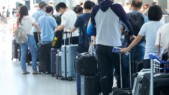 ¿Sabía que su maleta puede ser cambiada por otra con droga en los aeropuertos?