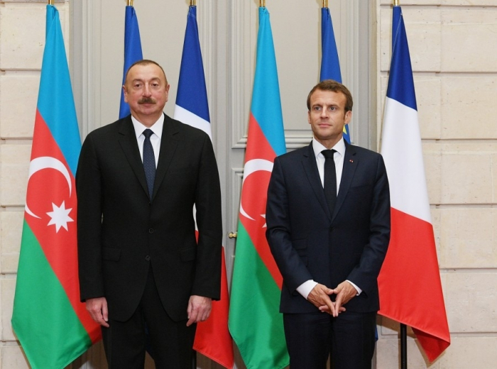Ilham Aliyev felicita a Emmanuel Macron