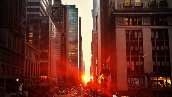 VIDEO/FOTOS:   El centro de Nueva York sufre un apagón tras un incendio en un transformador eléctrico