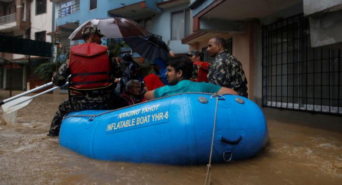 Aumenta a 43 el número de muertos por inundaciones en Nepal