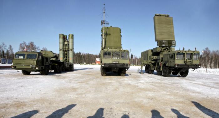 Turquía envía Rusia cien especialistas para estudiar el trabajo en S-400