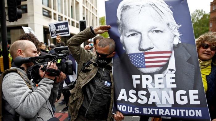 """Ministro británico: """"Assange no será extraditado a ningún país con pena capital"""""""