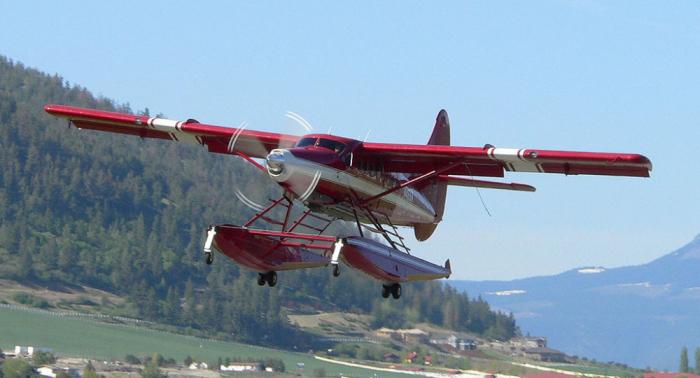 3 killed, 4 missing in Canada floatplane crash