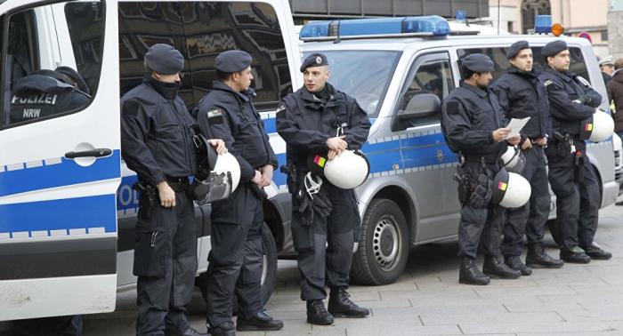 Offenbar Anschlag geplant: Kölner Polizei durchsucht Wohnungen