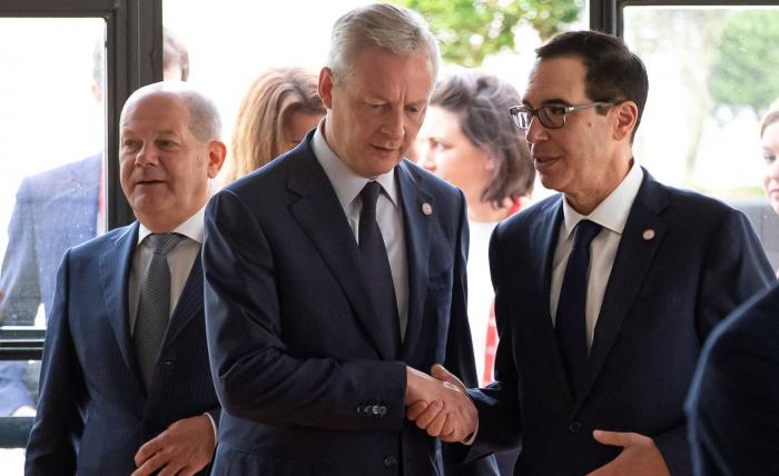 Francia ejercerá de árbitro en la selección del candidato para el FMI