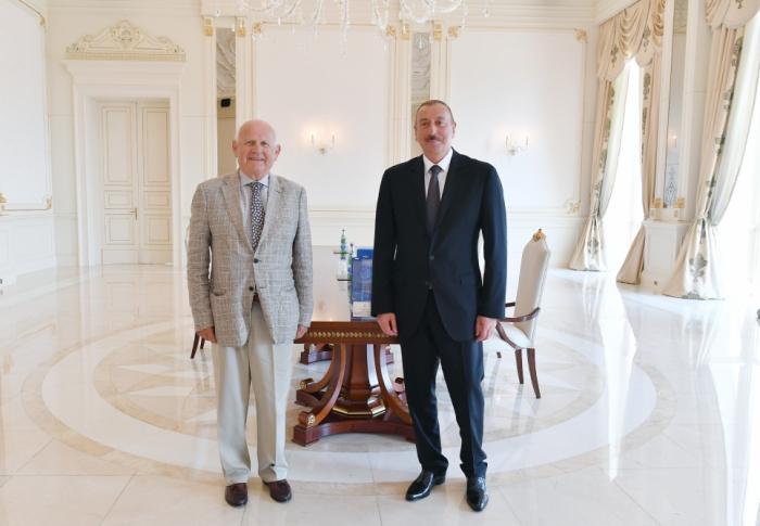 Präsident Ilham Aliyev empfängt EOC-Präsident