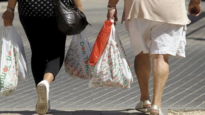 Panamá se convierte en el primer país de Centroamérica en prohibir el uso de bolsas plásticas desechables