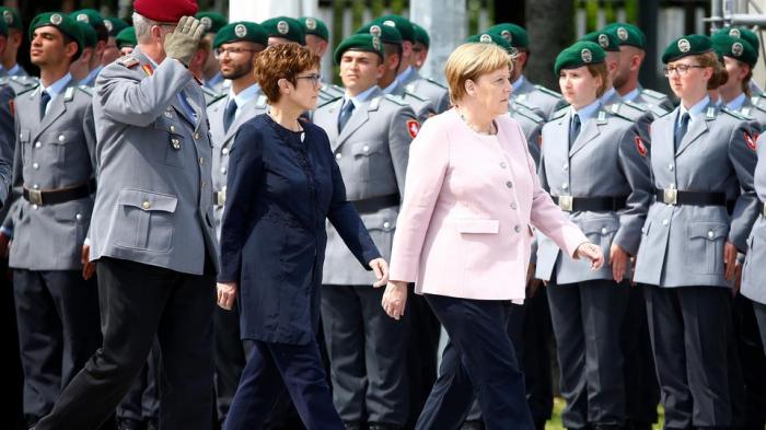 Merkel würdigt Mut der Widerstandskämpfer