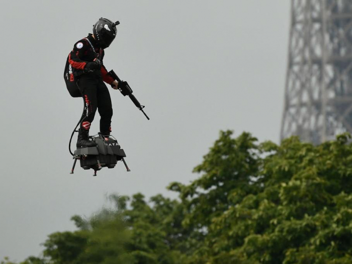 French military hires sci-fi writers to warn them about future threats