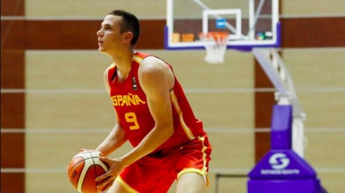Un gaditano lidera a la selección española cadete en Bakú