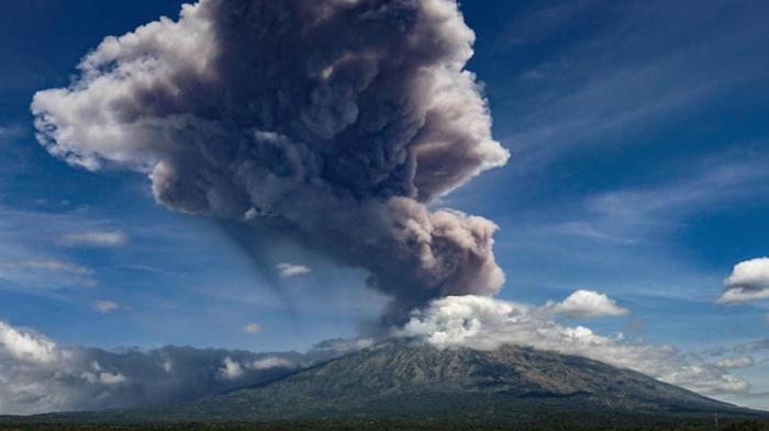 Indonesian volcano erupts near third-biggest city