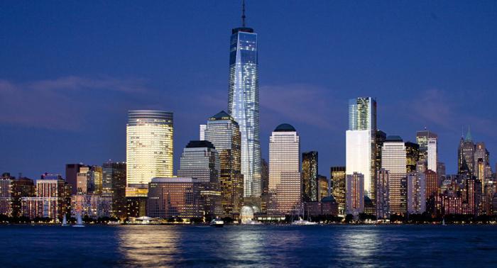 """عمدة نيويورك يكشف سبب ظلام المدينة """"المفاجئ"""""""