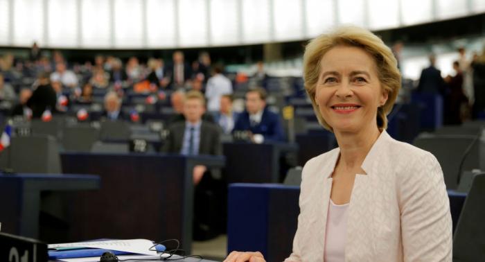 بوتين يهنئ أول امرأة في منصب رئيسة المفوضية الأوروبية
