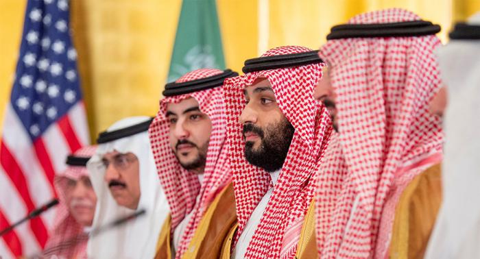 قرار سعودي مرتقب بشأن النساء.. وصحيفة أمريكية: جاء من أعلى سلطة