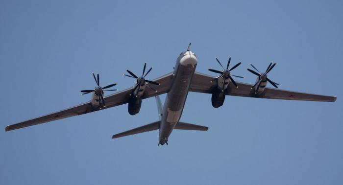 الدفاع الروسية: قاذفتانا لم تنتهكا حدود الدول الأخرى فوق بحر اليابان ولم يكن هناك نيران تحذيرية