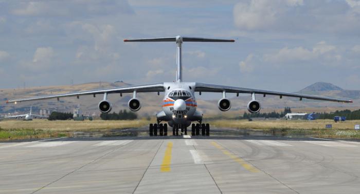 """وصول الطائرة الثامنة المحملة بأجزاء منظومة """"إس-400"""" إلى تركيا"""