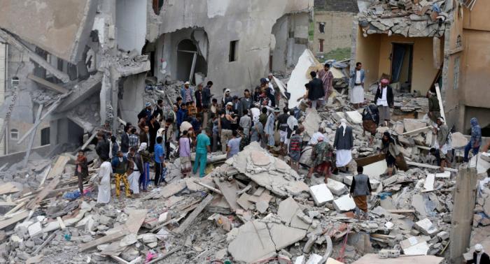 """اليمن.. 12 قتيلاً من """"أنصار الله"""" بغارات للتحالف شمال صعدة"""