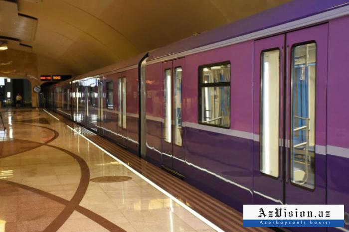 Metro sərnişinləri bu günü çoxdan gözləyirdilər - FOTO