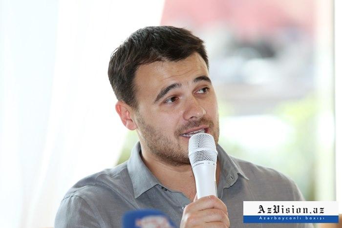 """Emin Ağalarov """"OK!"""" jurnalını alıb"""