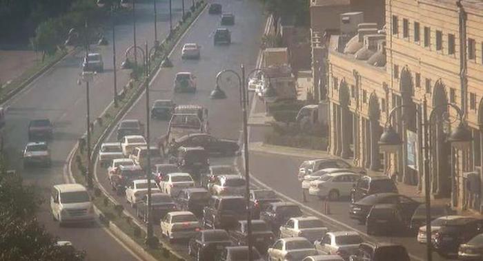 Tbilisi prospektində qəza olub, tıxac var - FOTO