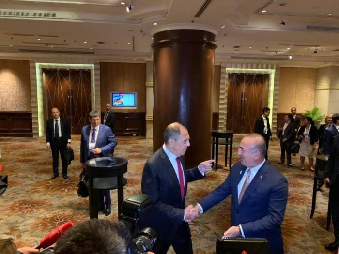 Rencontre des ministres des Affaires étrangères de Russie et de Turquie