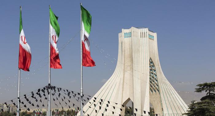 طهران تؤكد اعتقال باحثة فرنسية إيرانية