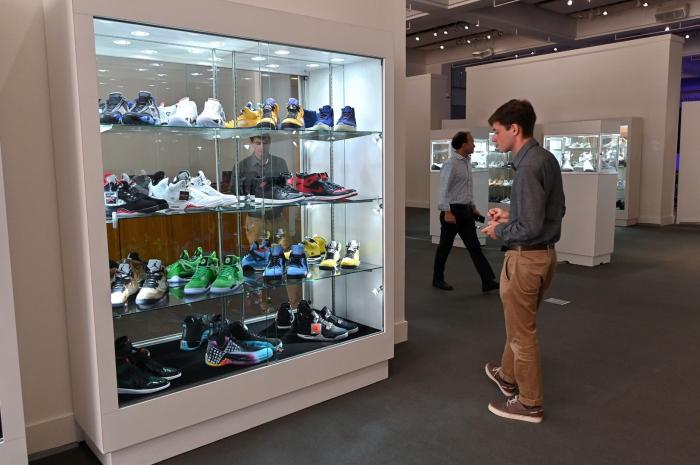 New York : une collection de baskets vendue 850.000 dollars