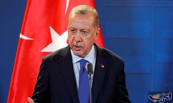 """أردوغان يعزل محافظ """"المركزي"""" وتوقّعات بـ""""زلزال"""" في الأسواق الأحد"""