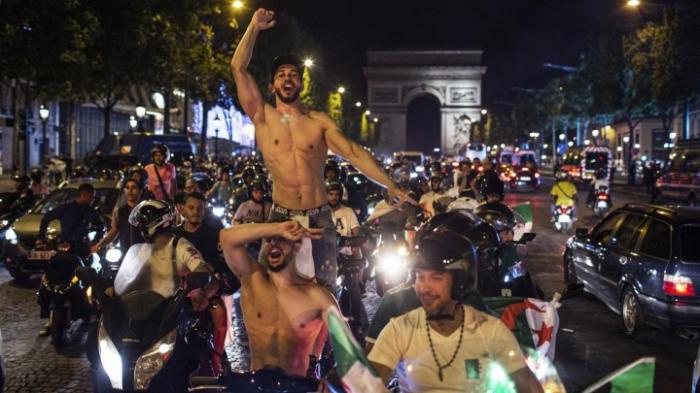 Zehntausende feiern friedlich algerischen Sieg beim Afrika-Cup
