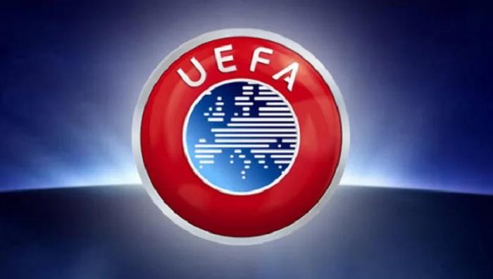 """UEFA """"Fənərbaxça""""nı cəzalandırdı"""