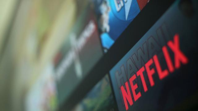 """Netflix supprime une scène de suicide polémique de la série """"13 Reasons Why"""""""