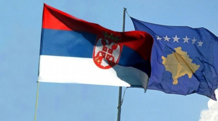 Kosovo temporarily bans Serb officials from entering country